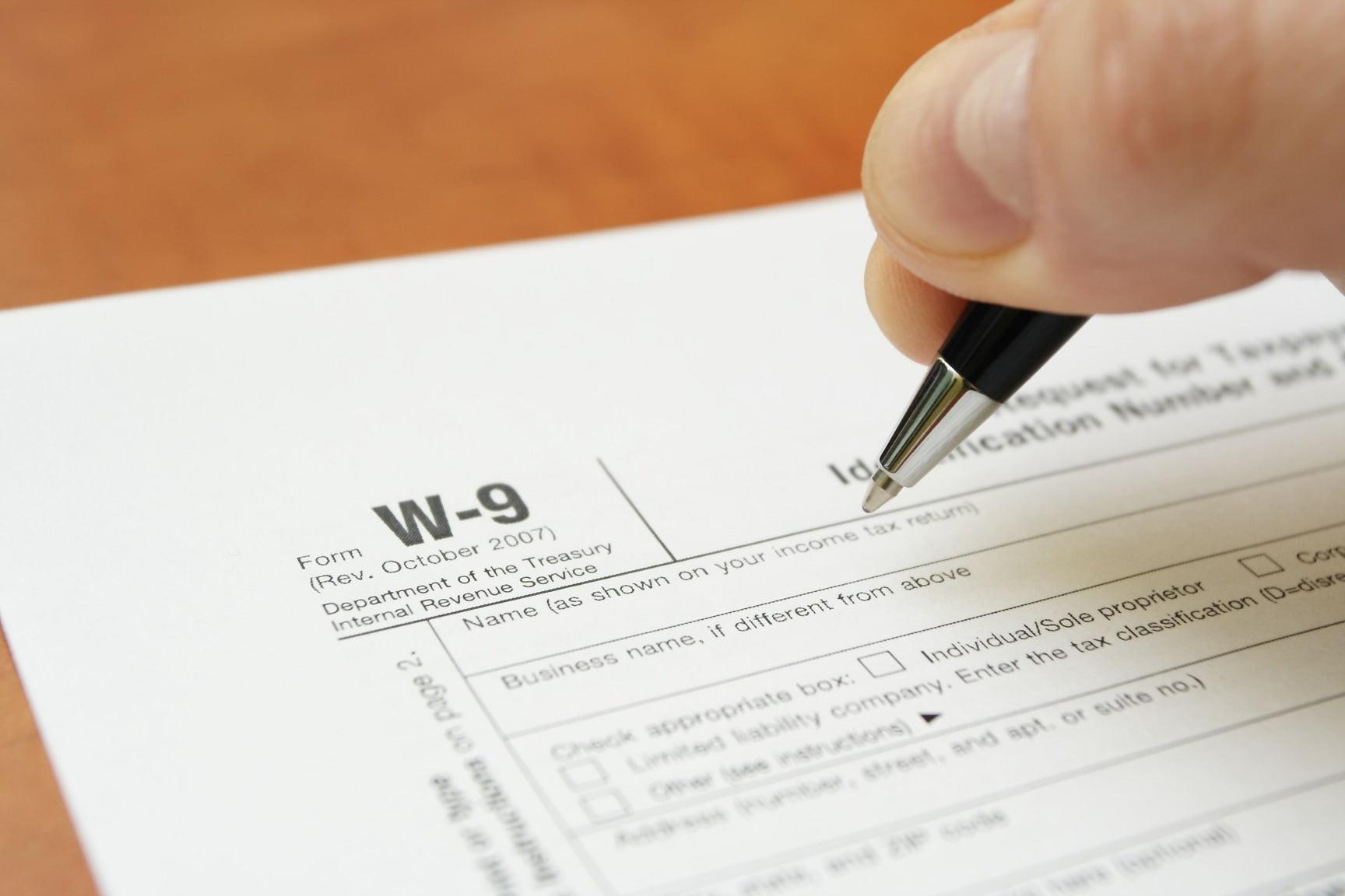 Federal Tax Form W-9 2021